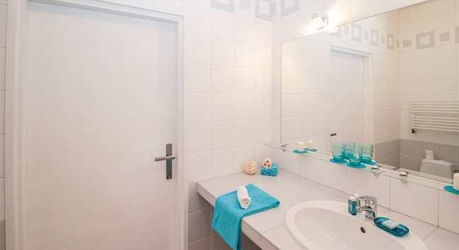 Tegelverf Badkamer Kopen : Tegels verven in de badkamer gelukkigerwonen