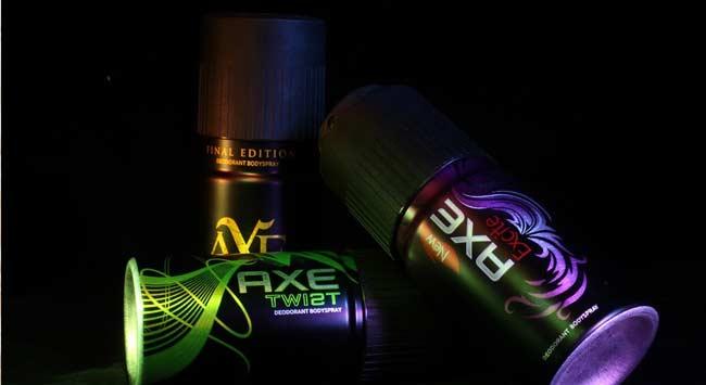 6 Methodes Om Deodorant Vlekken Uit Je Kleding Te Krijgen